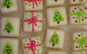 Fondo de pantalla dulces con arbolitos y regalos