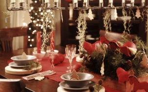 Fondos hd mesa navideña decorada