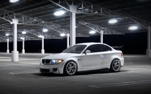 BMW Night wallpaper