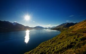 Lake wakatipu landscape