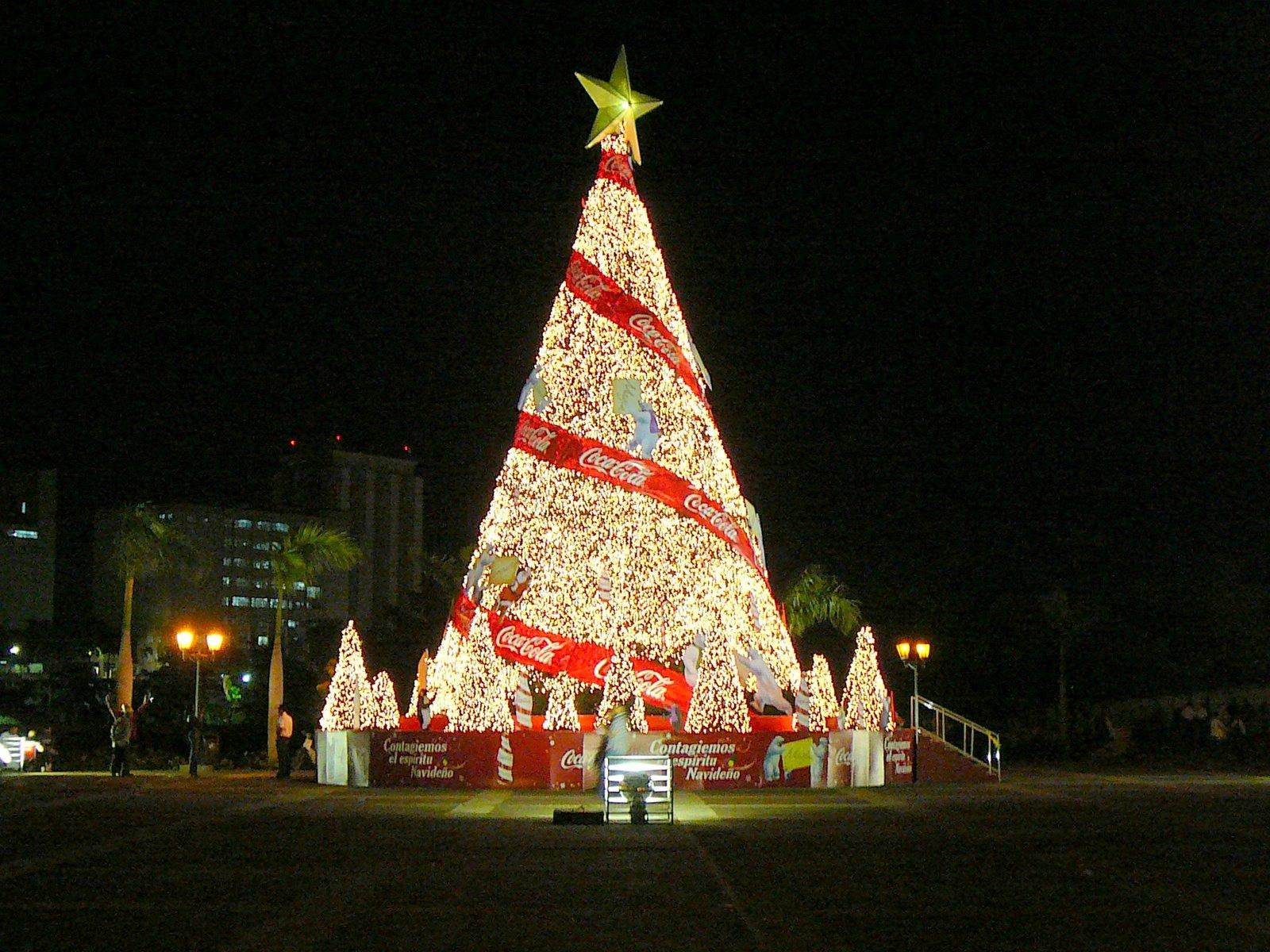 Arbol de navidad cocacola 1600x1200 fondo de pantalla 1699 - Arboles para navidad ...