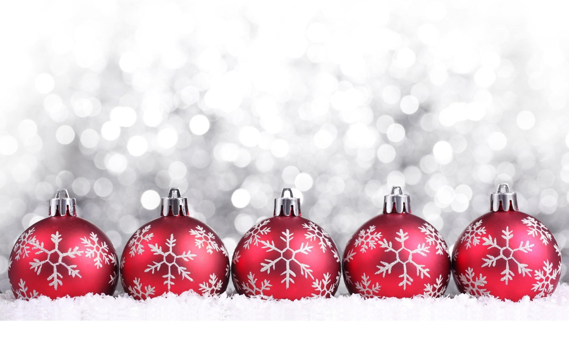 Bolas De Navidad Rojas Sobre Fondo Verde: Fondos Hd Bolas Rojas Con Nieve Cayendo 1920x1200
